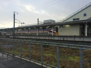 (大石田駅に停車中の新幹線)