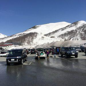 例年に比べ積雪が少ない月山です・・・。